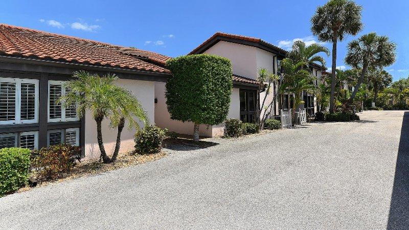 Embaixada Villas com 1 lugar de estacionamento livre mais estacionamento para os clientes