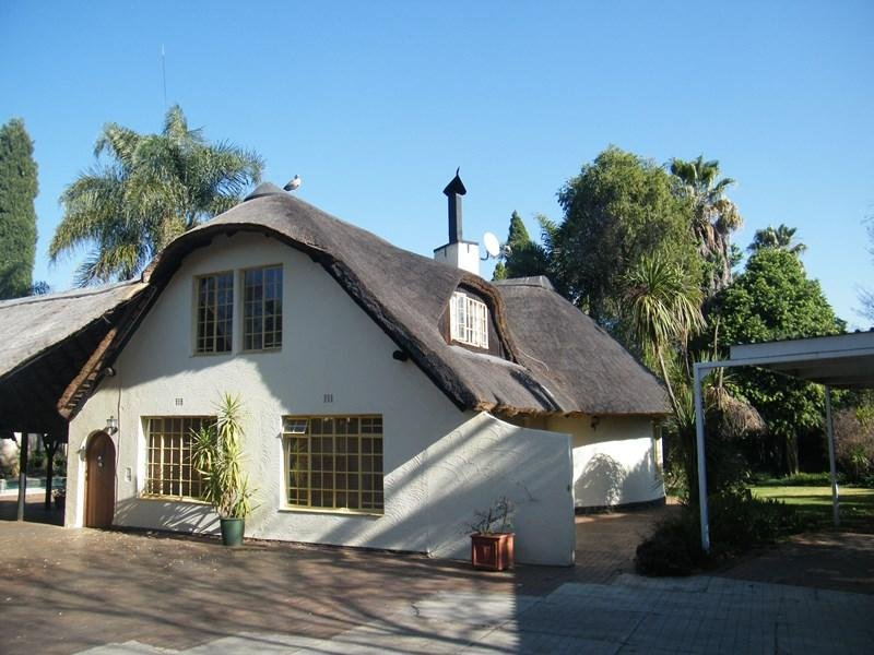 OR Tambo Airport Guesthouse - 1, Ferienwohnung in Kempton Park