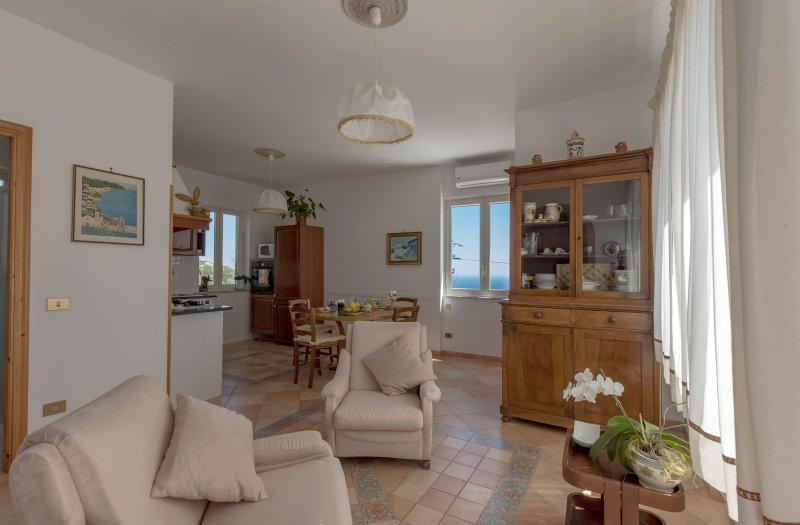 Casa l'Orizzonte, Sorrento Coast, Ferienwohnung in Sant'Agata sui Due Golfi
