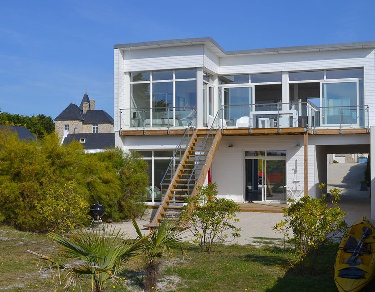 beach villa near Roscoff in Brittany