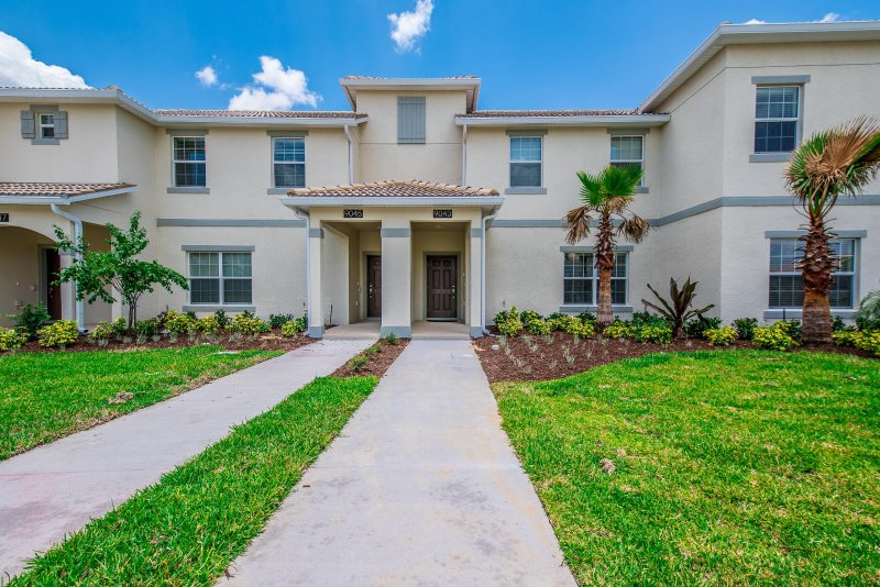 Wow Brand New 4 Bedroom 3 Bath Champions Gate Townhouse