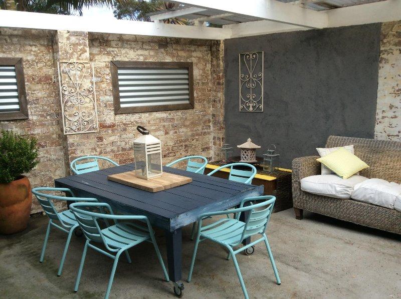 barbecue avant espace ludique cour sécurisée privée