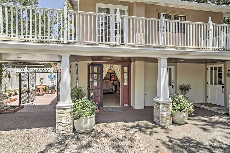 Experience the beauty of Florida from this studio vacation rental house in the heart of Sanford.