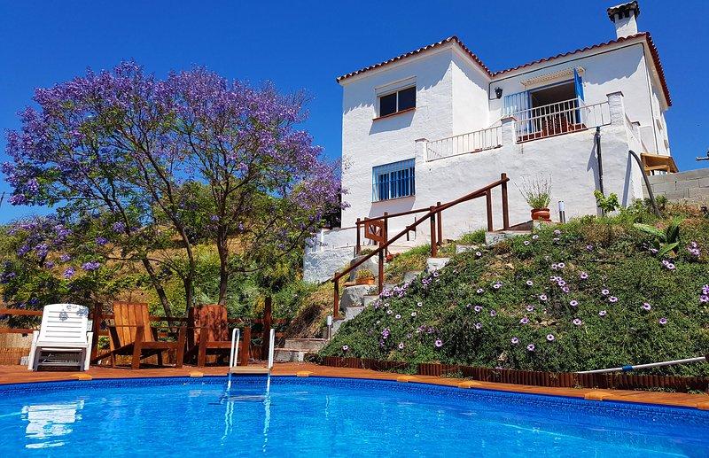 Casa rural 'Encantada' con piscina (20 m2) con terraza (25 m2)