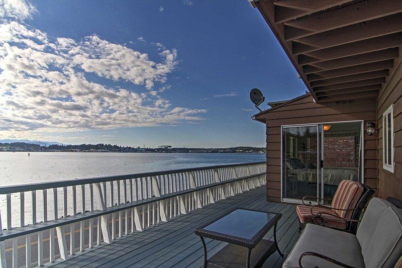 Admire las vistas del agua durante su estancia!