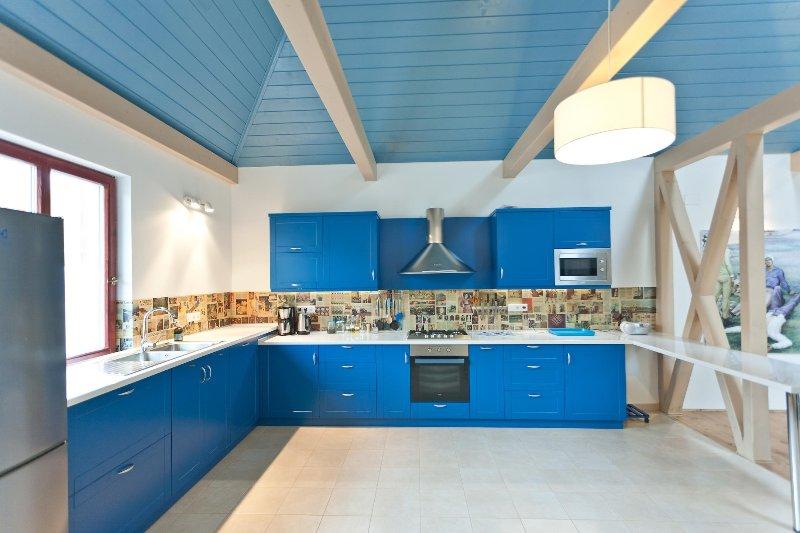 Irota EcoLodge Middle House, holiday rental in Szakacsi