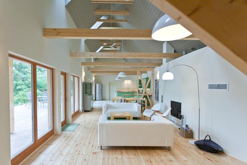 Irota EcoLodge Upper House, holiday rental in Szakacsi