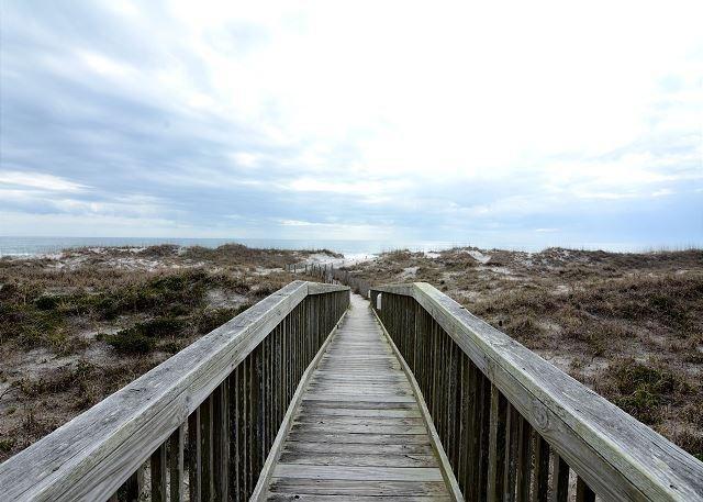 Wrightsville Dunes Boardwalk to the beach