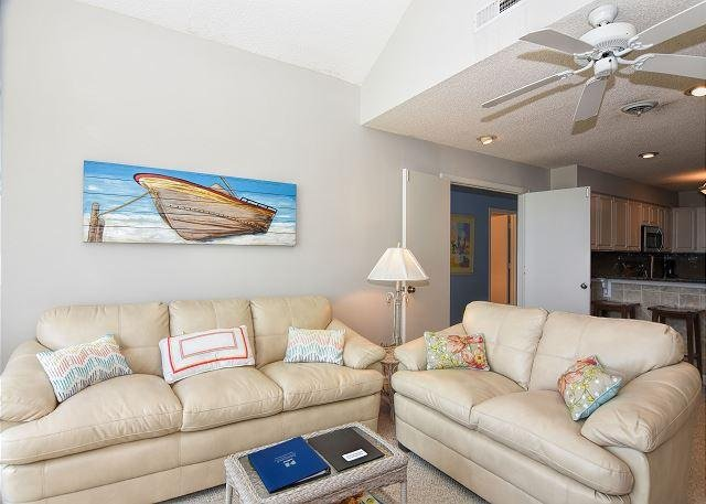 Wrightsville Dunes 3B-D Living Room