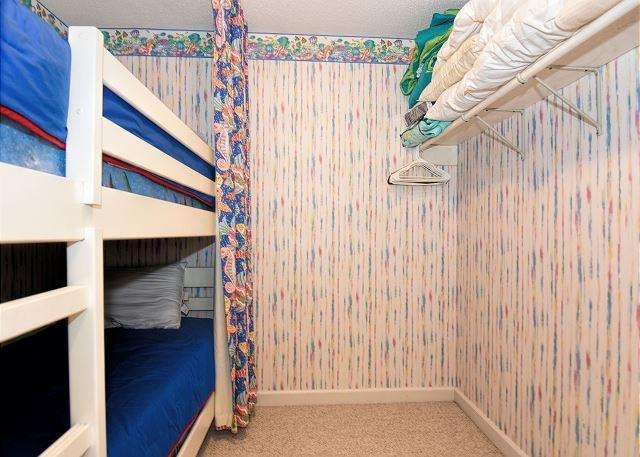 Wrightsville Dunes 3B-D Bedroom 2