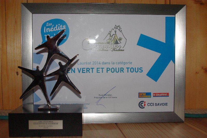 "Trophies ""Innovation and Tourism"" and ""Unreleased Snow"""