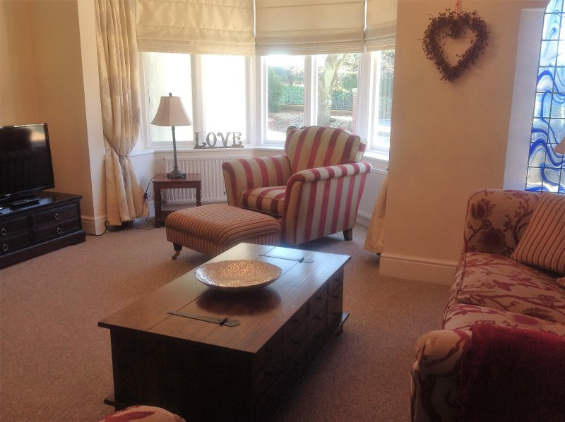 Fring House Apartment, holiday rental in Seaton