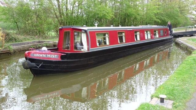 Narrow Boat Luxury rental sleeps 2 to 8 price is for the whole boat per night, casa vacanza a Lichfield