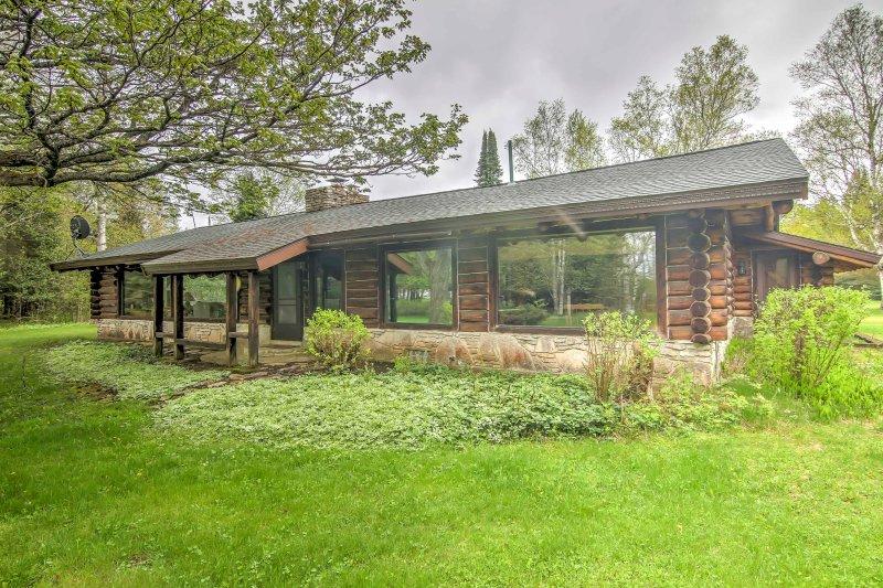 Una vacanza indimenticabile vi aspetta in questa casa vacanze Cottage Trout Lake and Guesthouse!