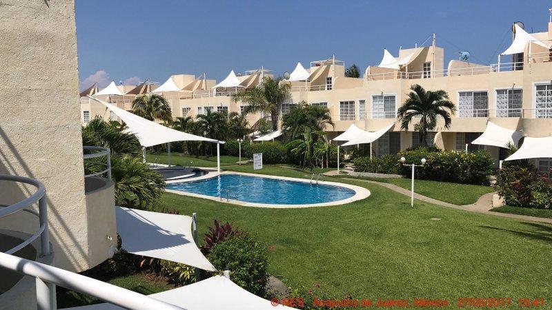 Hermosa casa en Acapulco Diamante junto a la playa, vacation rental in Acapulco