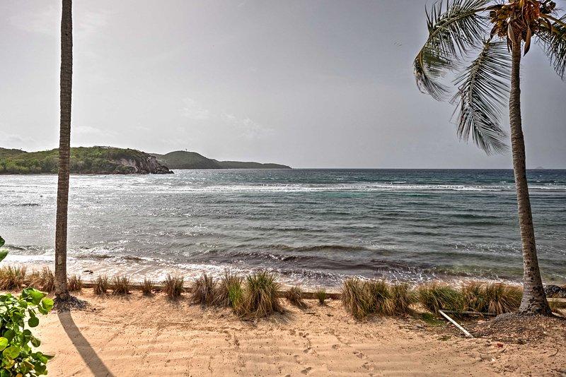 Du får njuta av en tillgång till en privat strand hela din vistelse.
