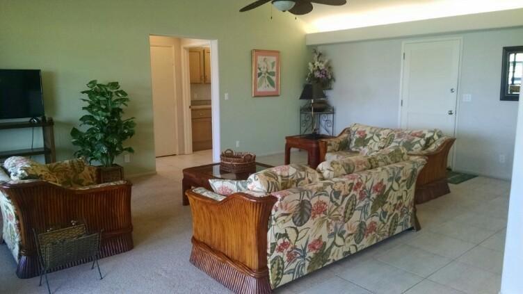 Grande sala de estar / área de entrada
