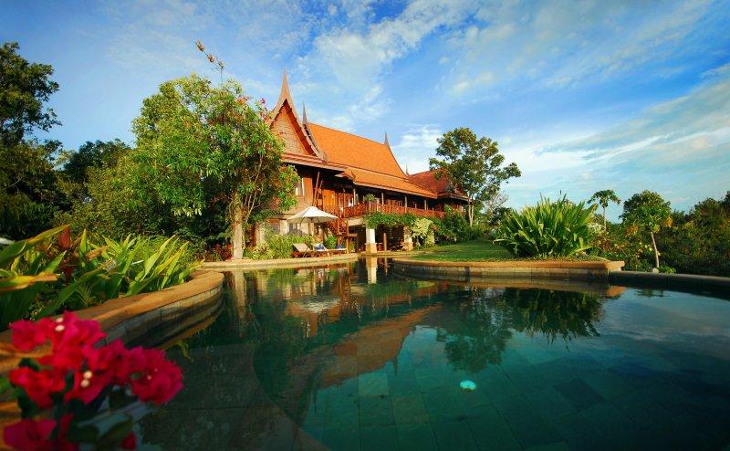 vista a la piscina Tassana Pra