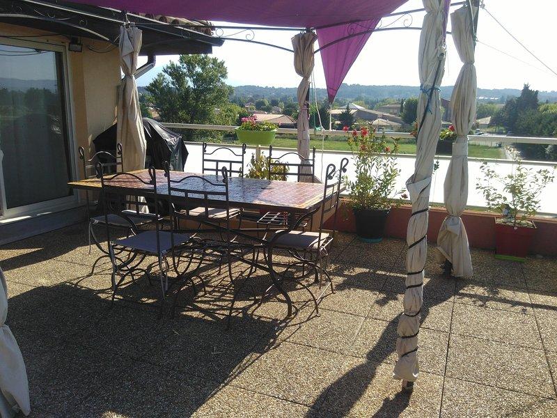 T3 - au coeur des lieux de visite du Vaucluse, vacation rental in Carpentras