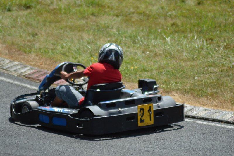 Karting in Teyjat