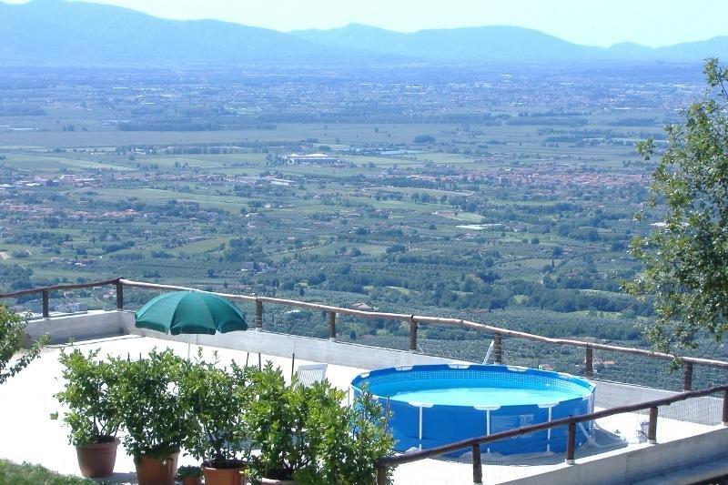 large veranda, view of the Val di Nievole
