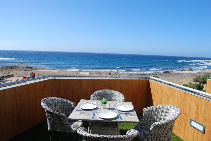 Apartment with the best ocean views!, vacation rental in El Medano