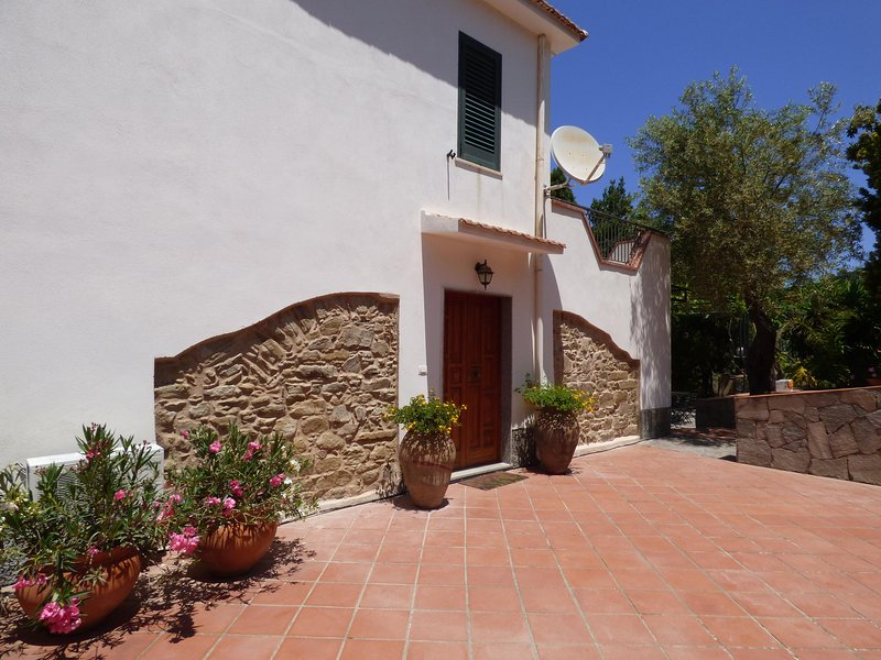 Villa Maria, holiday rental in Oliveri