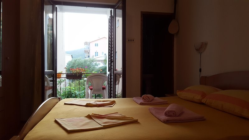 Room, holiday rental in Lapcici