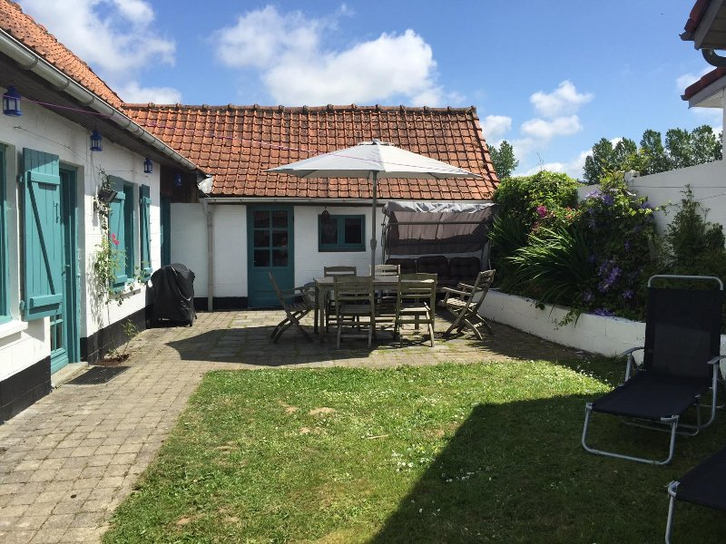 The Cow House, holiday rental in Vieil-Hesdin