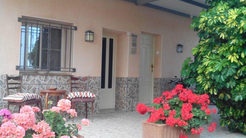 fachada y entrada