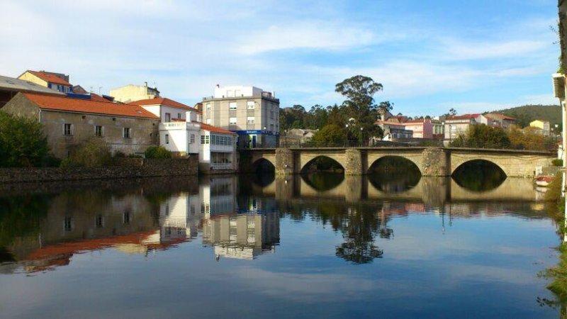 CU. APARTAMENTOS PAMPIN PONTE DO PORTO, vacation rental in A Ponte do Porto