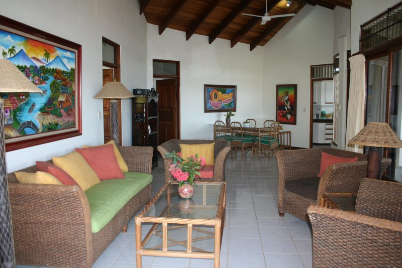 Villas Casa Loma - (Suite 103) - Incredible Ocean/Mountain Views!, holiday rental in Playa Prieta
