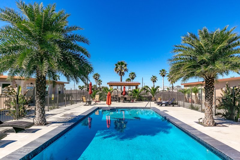 Shadow palm villa 5 39 coral reef 39 has internet access and private outdoor pool unheated - Private internet access port ...