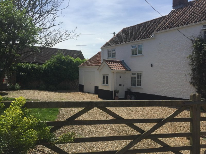 Mill House - Docking - Naturally Norfolk, holiday rental in Stanhoe