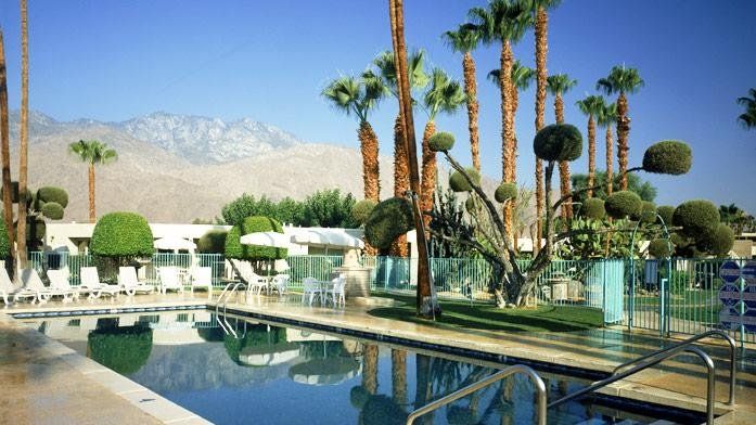 Serene 1BR w/ Complex Pool, Jacuzzi, Spa, Tennis, Fitness Area & Bike Rentals, alquiler de vacaciones en Greater Palm Springs
