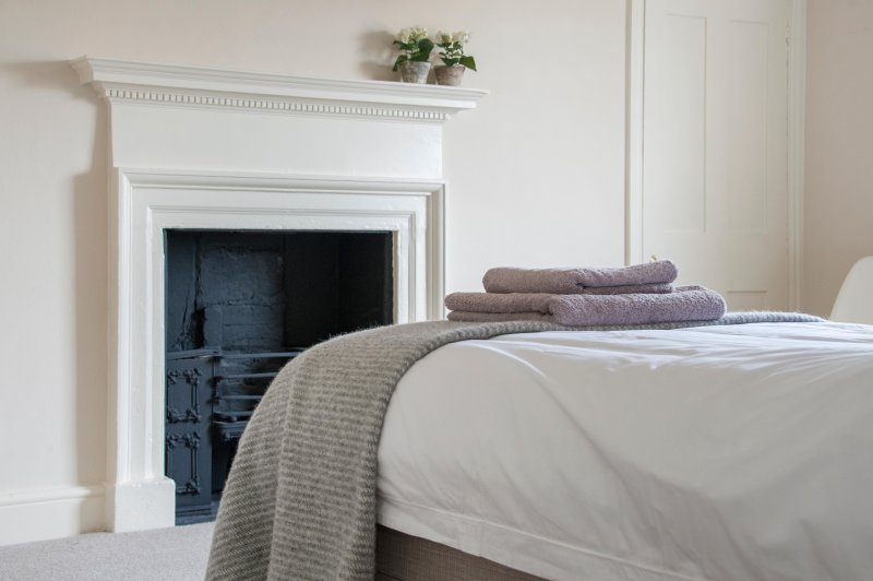 Lovely Georgian fireplace in bedroom 2