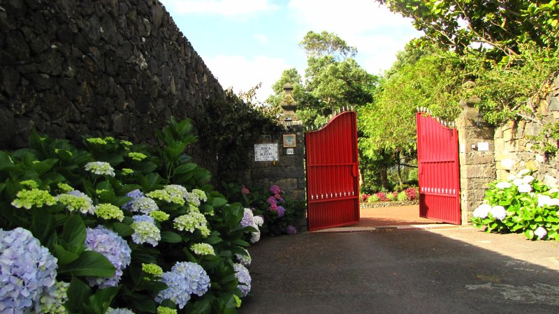 Ingang van Quinta das Acacias woning