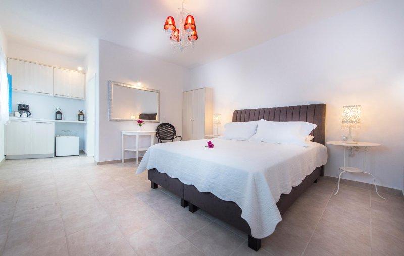 Kalo villa, Jacuzzi, Direct sea view, location de vacances à Vourvoulos