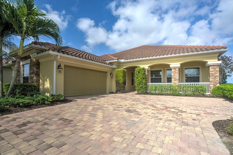 Naples House w/ Private Heated Pool & Lake Views!, vacation rental in Golden Gate