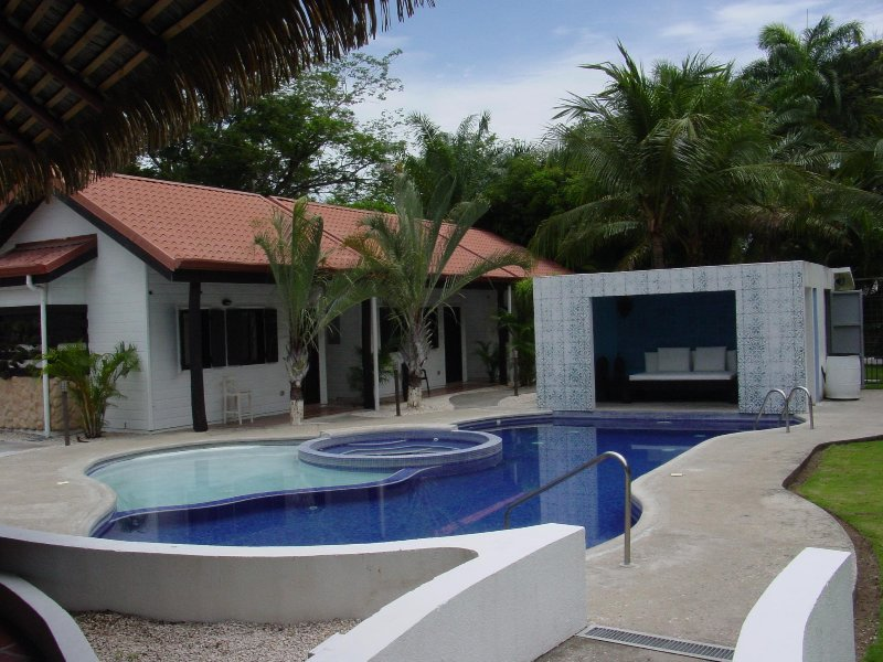 Numu Cabinas, holiday rental in Playa Prieta