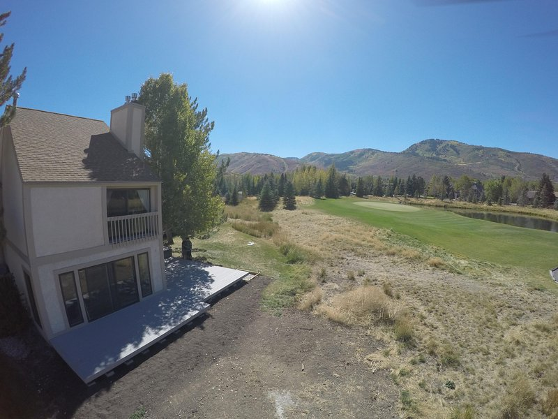 Premier town home location situated all by itself overlooking the ski mountains and golf course.
