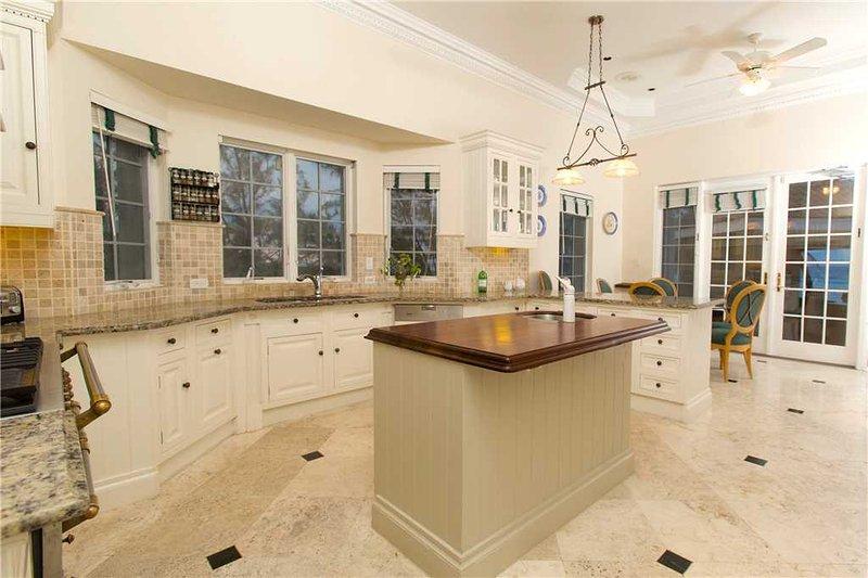 villa zara by grand cayman villas and condos tripadvisor rh tripadvisor com sg