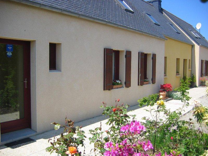 Chambre d'hôtes au bord du GR 34 à mi-chemin entre Le Conquet et Portsall, holiday rental in Saint-Renan