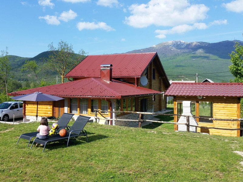 Holiday home Kristina-Studio Apartment, vacation rental in Vrelo Korenicko