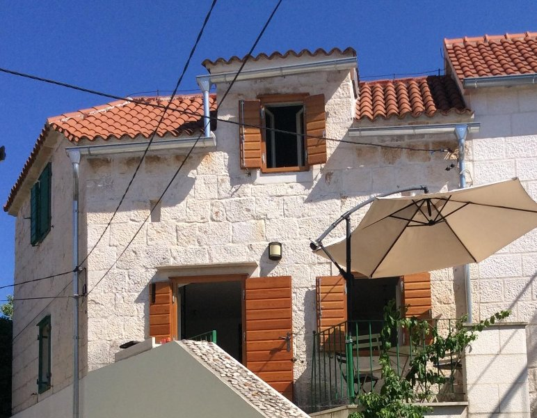 Limunovo Drvo, holiday rental in Brac Island