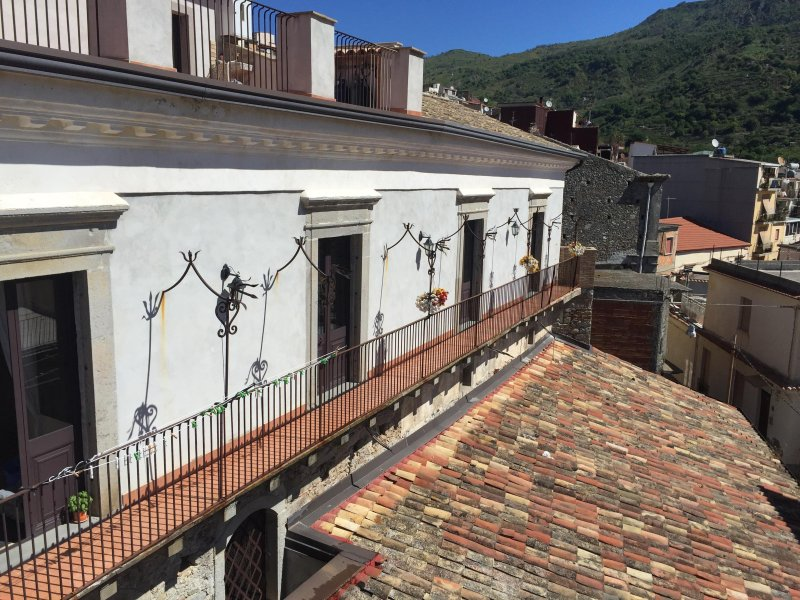 Antica Dimora Cutrufelli, vacation rental in Francavilla di Sicilia