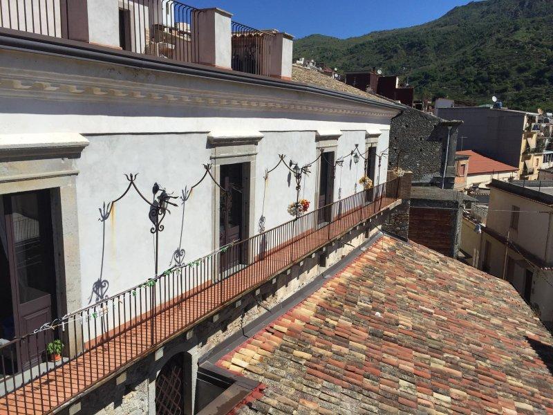 Antica Dimora Cutrufelli, vacation rental in Graniti