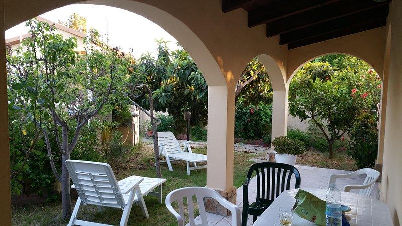 Villetta indipendente in Marina Residence (20 km da Cagliari), location de vacances à Capitana