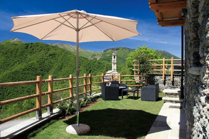 Chalets Mongioie, vacanze incantevoli in montagna., alquiler vacacional en Roburent