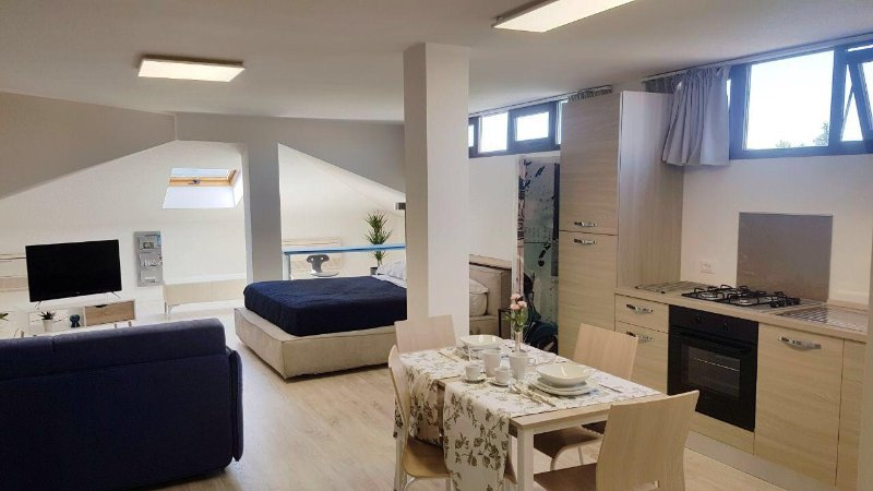 Modern & spacious loft apartment for 4 in Abano, holiday rental in Abano Terme